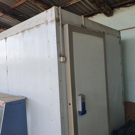 Холодильник производственный на 5тн. Размер 2×3×2
