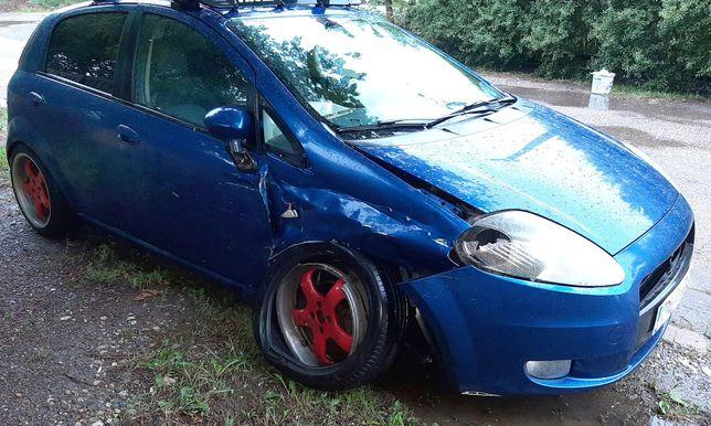 Vand piese din dezmembrare Fiat Grande Punto 1.3, 75 cp, albastru 2007