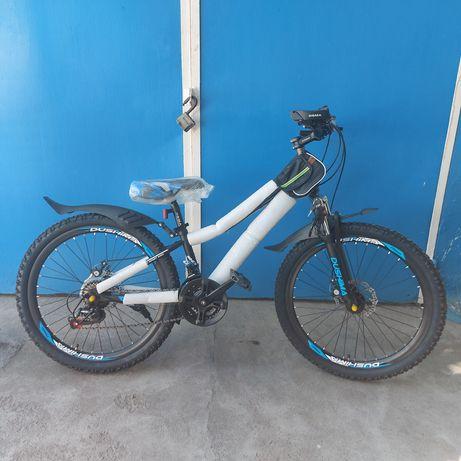 Скоростной велосипед. Спортивный велосипед. Горный велосипед.