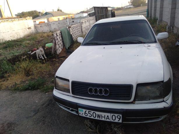 Audi 100 год 1992