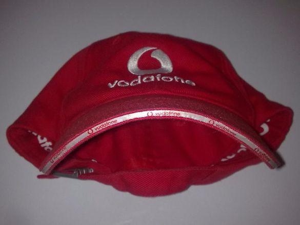 Продавам оригинална шапка Водафон.нова цена 15 лева.