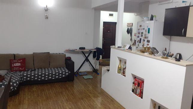 Vând apartament 2 camere, bloc nou, in Pitesti