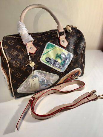 Чанта с емблеми Louis Vuitton
