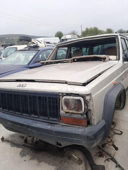 Jeep Cherokee 2.5d на части