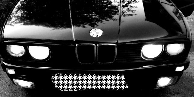 Продам BMW E30 318I