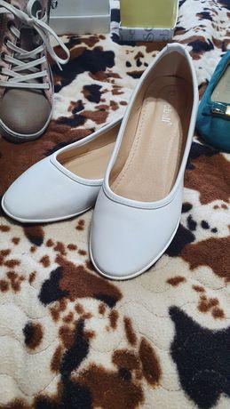 Обувь,зима,лето.Балетки,кеды,туфли,сапоги,ботинки