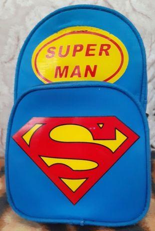 Продам рюкзак Супермэн