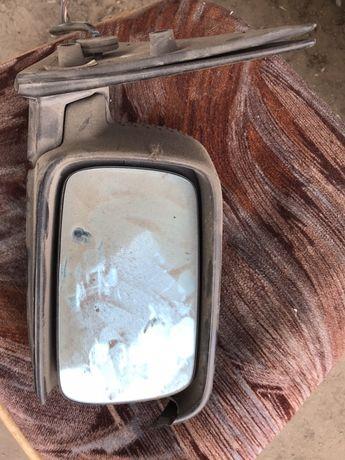 Продам правое зеркало на BMW E36