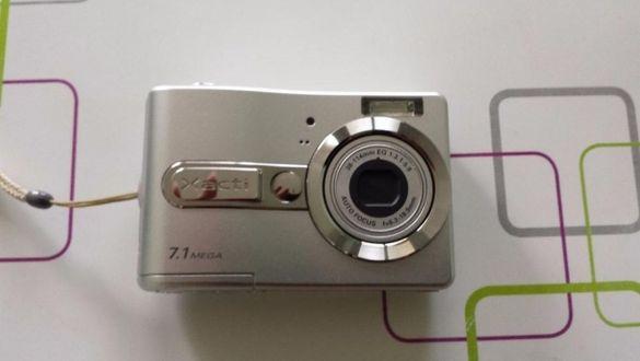 Фотоапарат SANYO