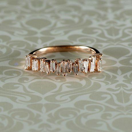 Inel de aur roz 18k cu diamante, 2,76 grame (cod 8249)