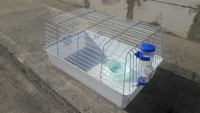 Продам клетку для кролика или хомячка.