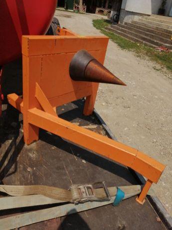 Mașina de crepat lemne