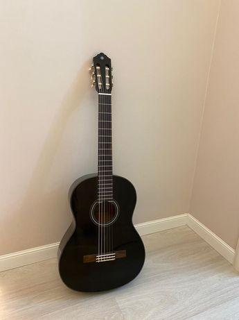Продам гитару. Yamaha c40