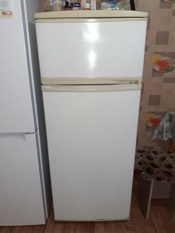 Продам холодильник хороший