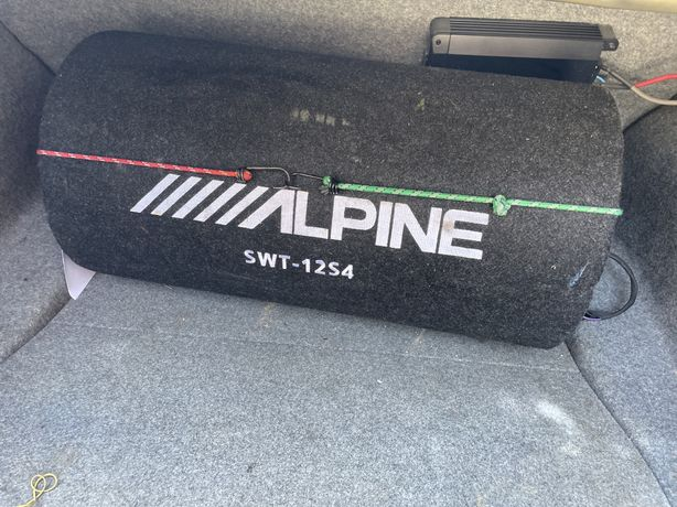 Subwoofer alpine