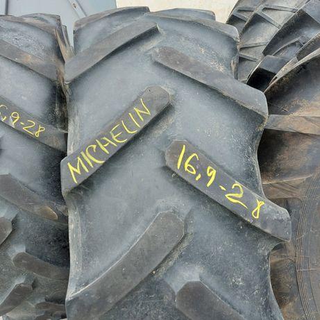 16,9 / 28 . Michelin.