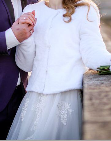 Бяло палто/болеро с подплата от полар