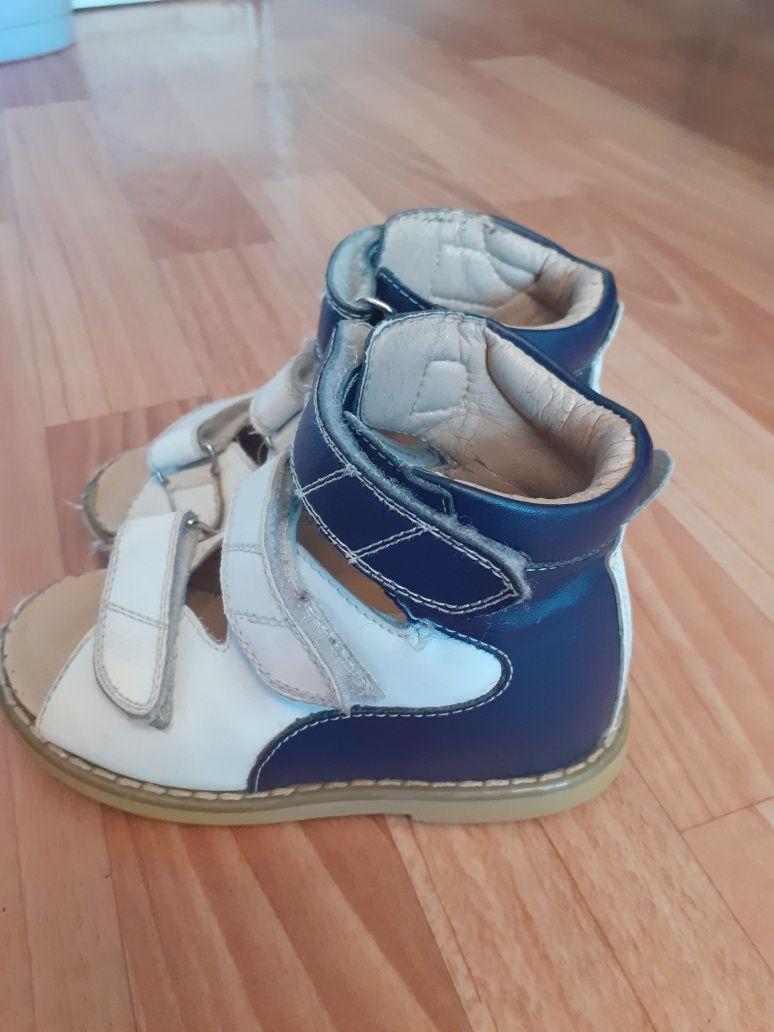 Продам ортопед.сандалии
