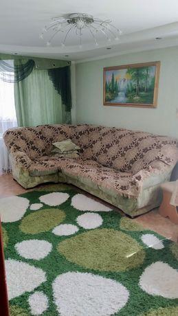 Продаётся ковёр .