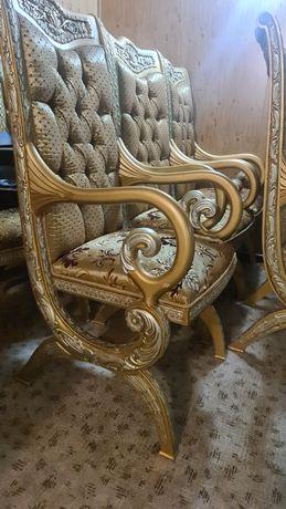 Срочно! Королевские стулья