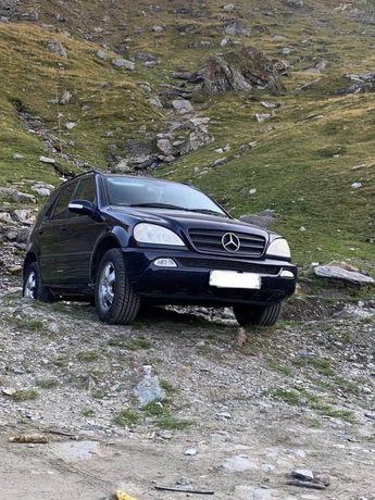 Dezmembrez Mercedes Ml270 Cdi Ml320