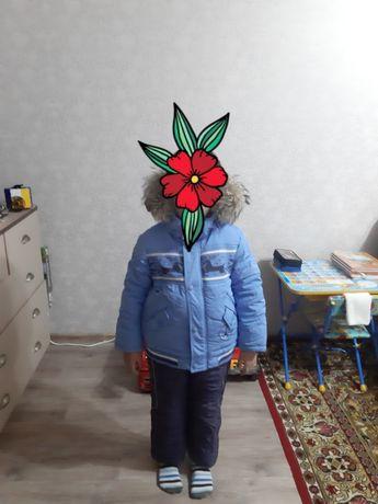 Зимний комбинезон на мальчика 5-7 лет