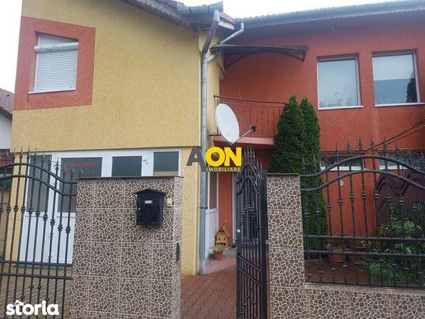 Casa tip duplex, 4 camere, garaj, Cetate