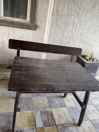 Продается стол дерево