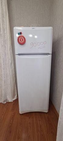 холодильник indesit graffiti
