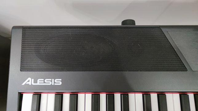 Цифровое пианино Alesis