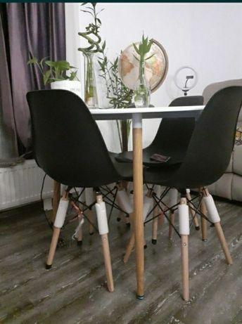 Masă rotundă MDF cu 4 scaune
