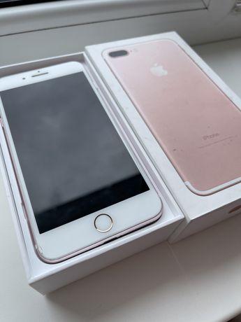 Продам iphone 7+ (чехлы в подарок)