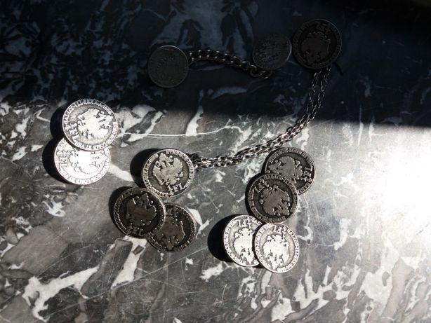 Set 12 nasturi vechi din monede