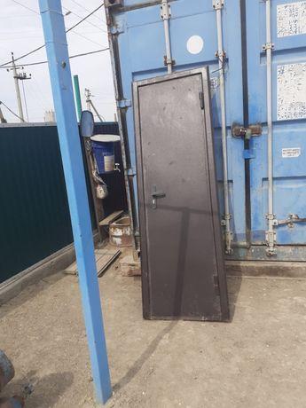 Продам двер железный