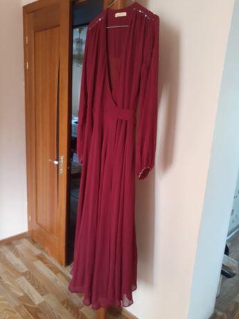 Красивые платья в хорошем состоянии