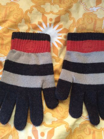 Продавам ръкавици Timberland