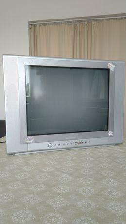 Телевизор Crown 21'