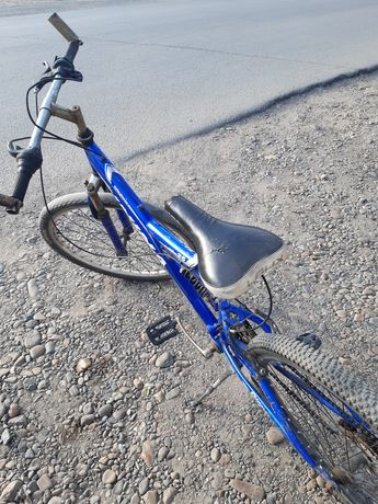 Продам хорошыи велосипед. Торг срочно.