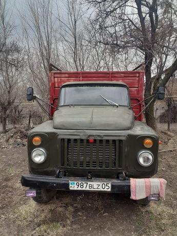 Газ-53 в хорошем состоянии рама целая колёса новые