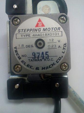 Продавам Teco Electric 4H4018X0101 Stepping Motor