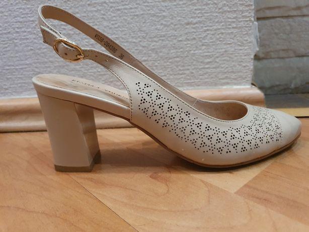 Продам туфли 37 размера