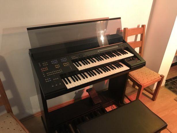 Vând pianina YAMAHA HS 4 impecabila
