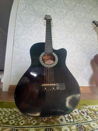 Продам гитары новый и буу