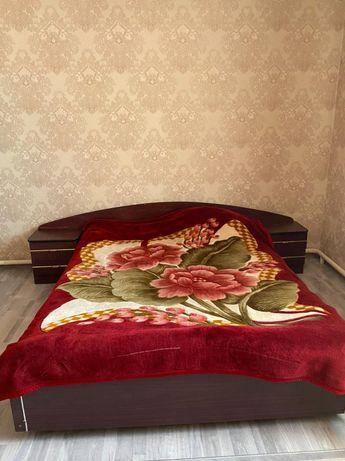 Спальный гарнитур продаётся