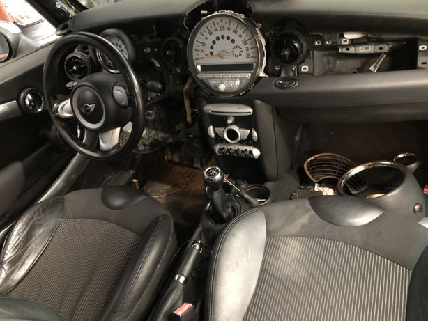 Dezmembrez Mini Cooper 1.6 t benzina R56 S 2008