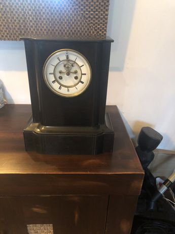 Античен,мраморен,каминен часовник