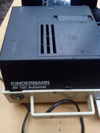 Диопроектор за диапозетиви немски Kindermann