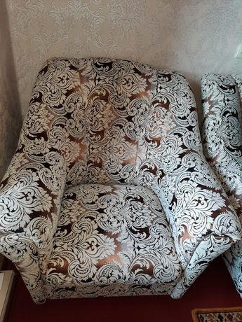 Диван раздвижной,два кресла