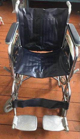 Продам инвалидную коляску BIOLA
