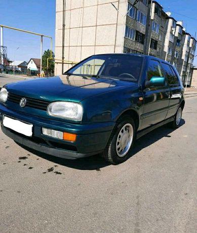 Продам Volkswagen Golf в отличном состоянии